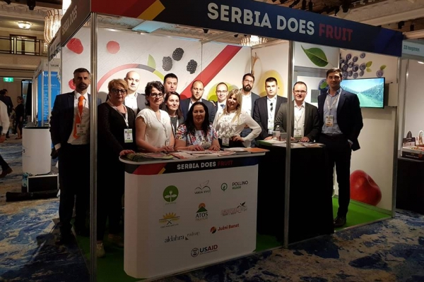PRESENTATION OF THE SERBIAN FRUIT PRODUCERS AT THE LONDON PRODUCE SHOW 1